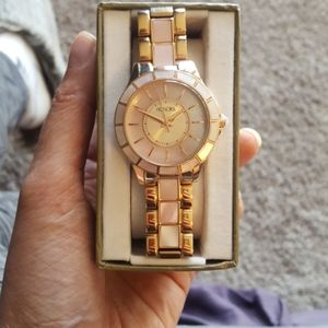 Authentic mother of pearl women's watch